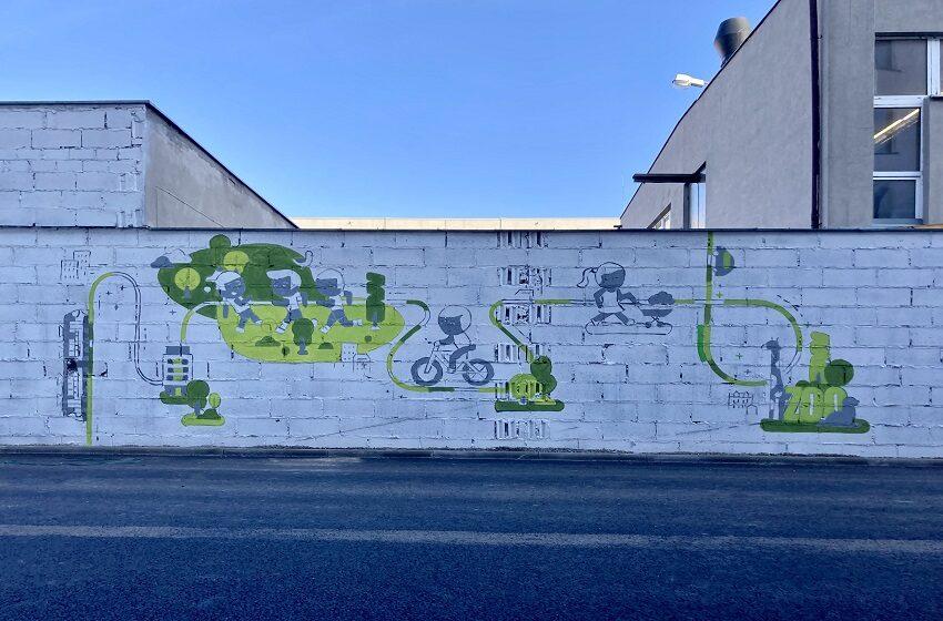 Mural z Mariackiej oczyści powietrze