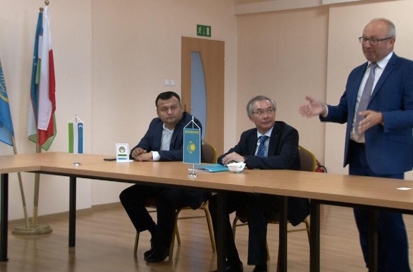 Dyplomaci Kazachstanu i Uzbekistanu odwiedzili gminę Rzgów