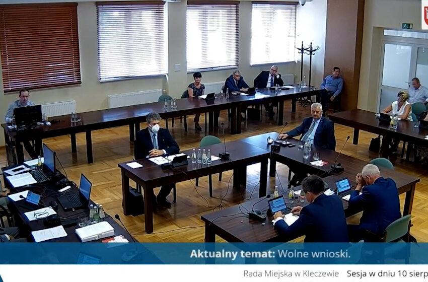Rada Miejska w Kleczewie pozostaje