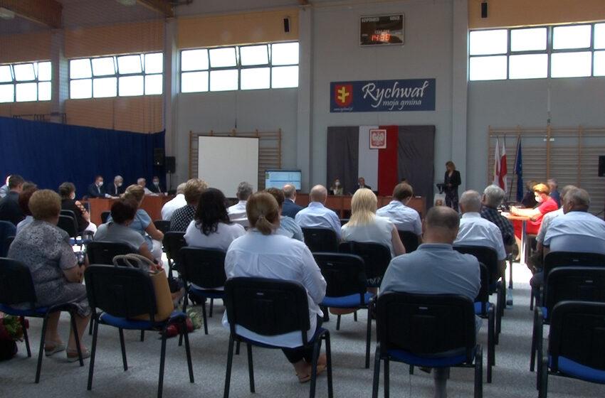 Radni jednomyślni w sprawie absolutorium dla burmistrza Rychwała