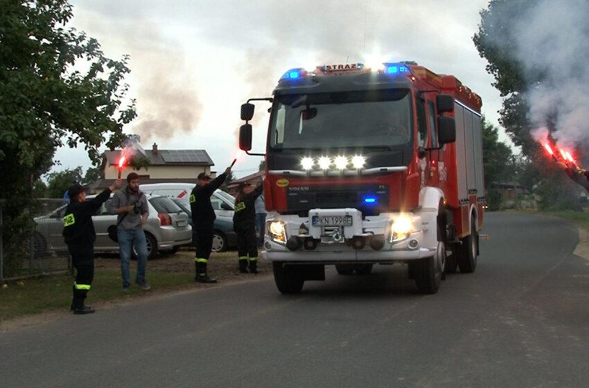Nowy wóz strażacki dla OSP w Barłogach