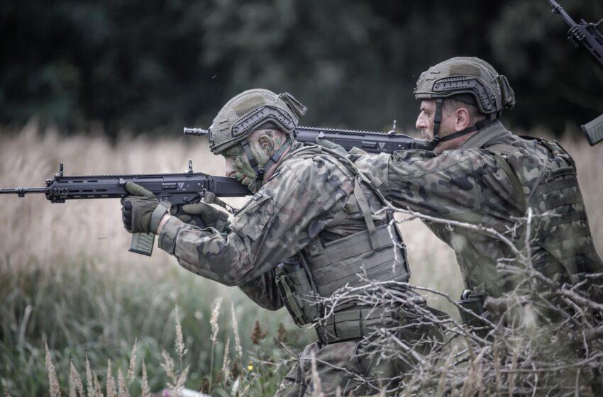 Ćwiczenia żołnierzy WOT w Kleczewie