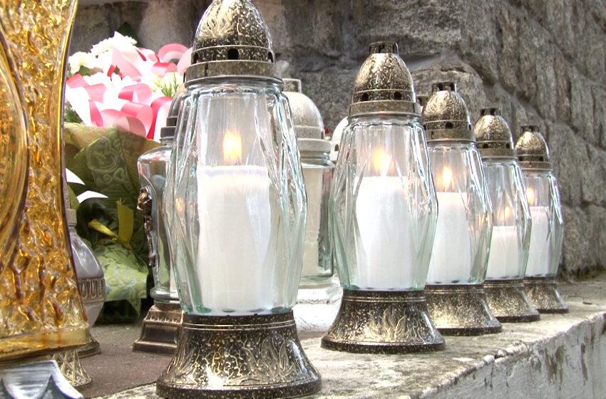 Upamiętnili pomordowanych w lesie w Białej Panieńskiej