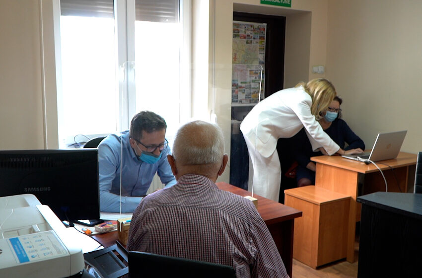 """Kramsk liderem w Wielkopolsce w realizacji programu """"Czyste Powietrze"""""""